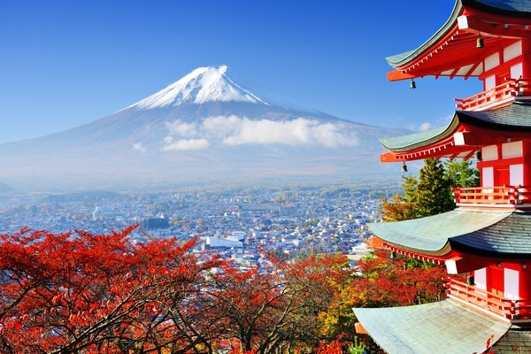 Maple trees and Mount Fuji in the background